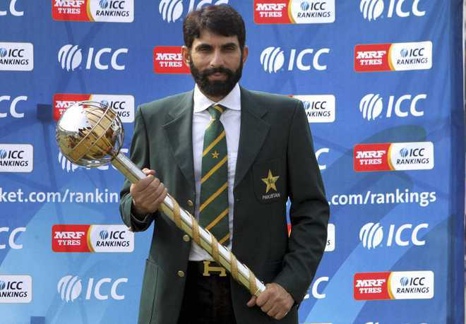 Pak coach Misbah-ul-Haq changes players' diet and nutrition plans