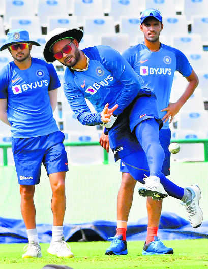 Focus on youngsters in the middle order