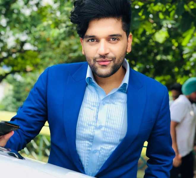 Guru Randhawa can't wait to dig into 'some good food' at Milan Fashion Week