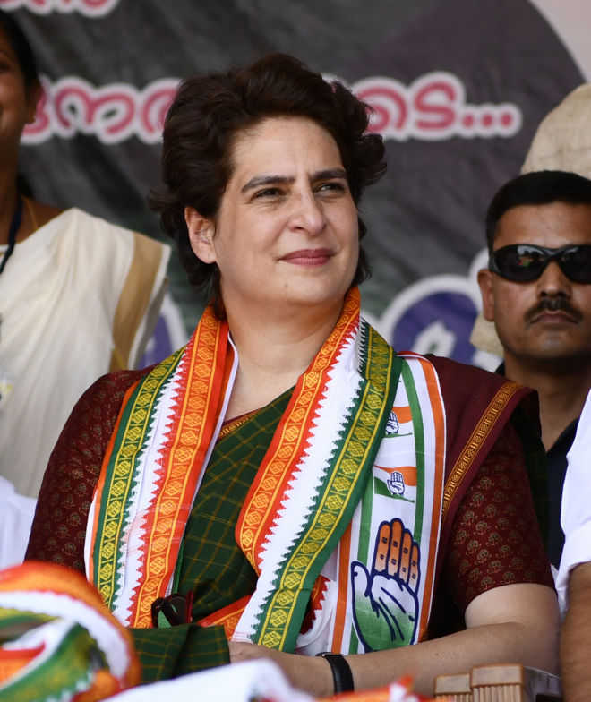 Chinmayanand case: Priyanka slams BJP govt, police for ''repeating'' Unnao ''negligence''
