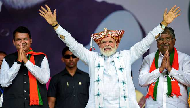 We have to hug each Kashmiri, create new paradise: PM Modi