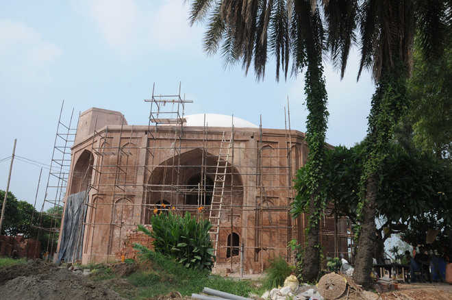 Sultanpur Lodhi's Mughal era monument too gets facelift