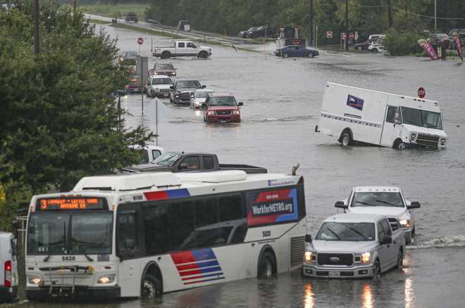 Heavy rain wreaks havoc, kills 2 in Houston ahead of 'Howdy, Modi' event