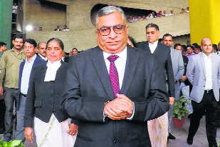 Chief Justice Murari given warm send-off