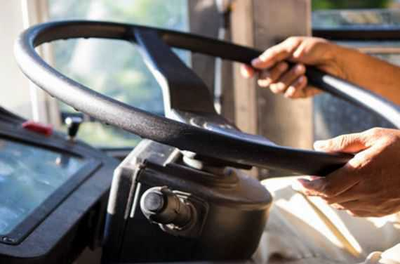 Noida bus driver challaned for ''not wearing helmet''