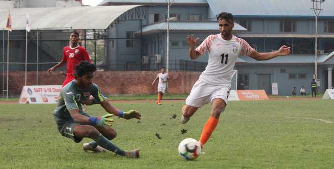 India beat Maldives, reach final
