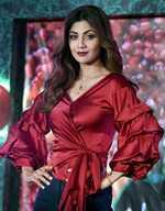 Shilpa nails Vrischikasana pose